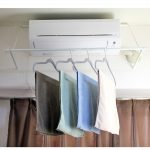 部屋干し時に空きスペースを有効活用するアイテム!加湿器代わりにも